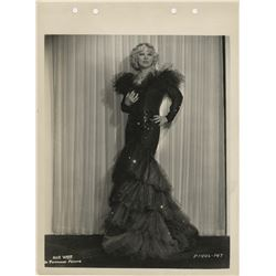 Mae West (20+) photographs.