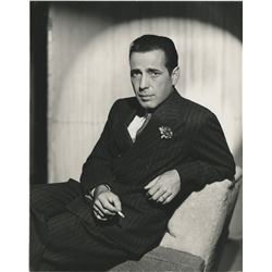 Humphrey Bogart (80+) photographs.