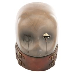 Effects robot head from Tales from the Crypt.