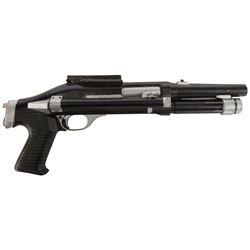 "Danny Glover ""Lieutenant Mike Harrigan"" sawed-off shotgun prop from Predator 2."