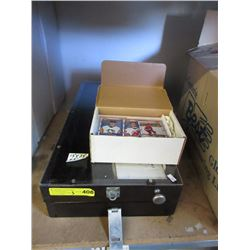 Clear Top Counter Display Box & Hockey Cards