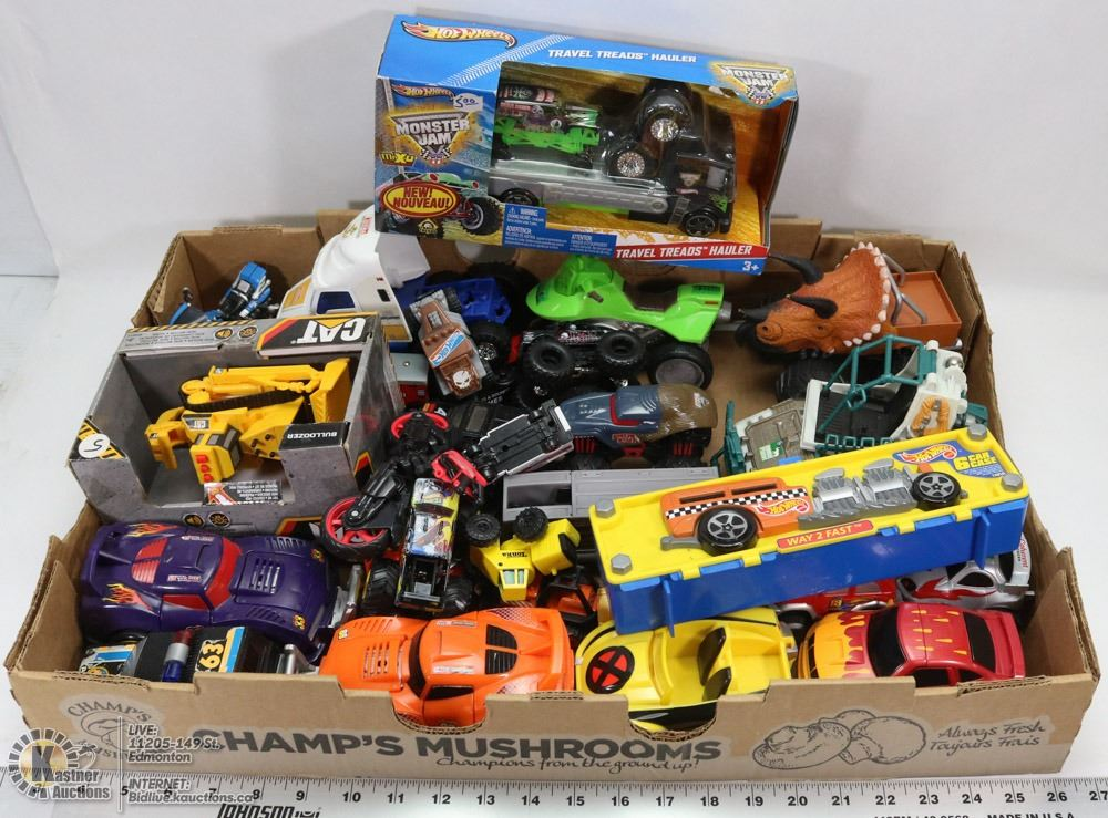 toy cars and trucks. Image 1 : FLAT OF TOY CARS AND TRUCKS Toy Cars And Trucks S