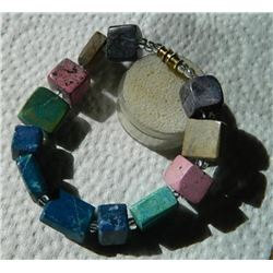 "BRACELET - ASSORTED AGATE BLOCK  BRACELET - 10 X 10 X 12mm & 15 x 15 x 6mm BLOCKS - 8.5"" LONG WITH S"
