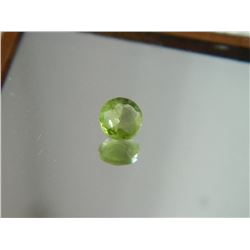 GEMSTONE - PERIDOT - ROUND FACETED - 5.1 X 2.6mm