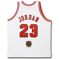 "Michael Jordan Signed LE Bulls Jersey Inscribed ""2009 HOF"" with Hall Of Fame Patch (UDA COA)"