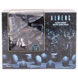 Alien Queen Poseable 30th Aniversary Collector Deluxe Action Figure in Original Box
