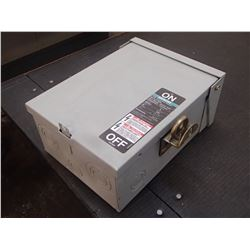 Siemens Enclosed Safety Switch, CAT No. NR321