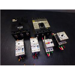SQUARE D 2 CIRCUIT BREAKERS AND 4 MISC. ELECTRICAL PARTS *LOT OF 6*