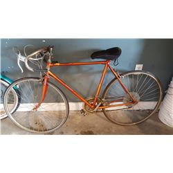 VINTAGE TEAM BAY SPORT ROAD BIKE