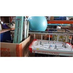 BOX OF TOYS ELECTRONIC SUGN AND VINTAGE TABLE TOP HOCKEY