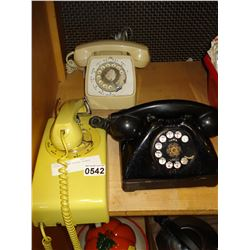 THREE VINTAGE ROTARY PHONES
