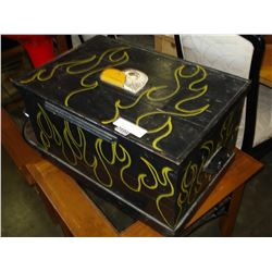 PAINTED EAGLE STORAGE TRUNK