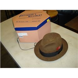 BILLMORE CAVALIER VINTAGE HAT WITH MILLINERY