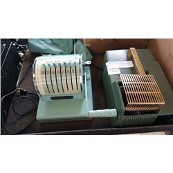 REALIST 400 SLIDE PROJECTOR AND PAYMASTER