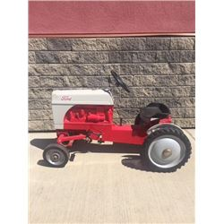 VINTAGE FORD FARMALL TOY TRACTOR