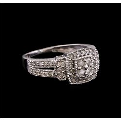 0.55 ctw Diamond Ring - 10KT White Gold