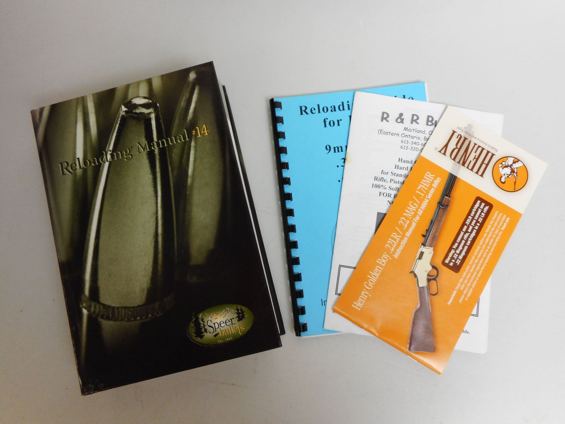 Image 1 : ASSORTED RELOADING BOOKS ...