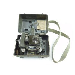 WWII ERA NO 7 DIRECTOR US MK II IN CASE