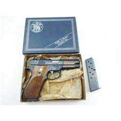 SMITH &WESSON , MODEL: 39-2 , CALIBER: 9MM LUGER