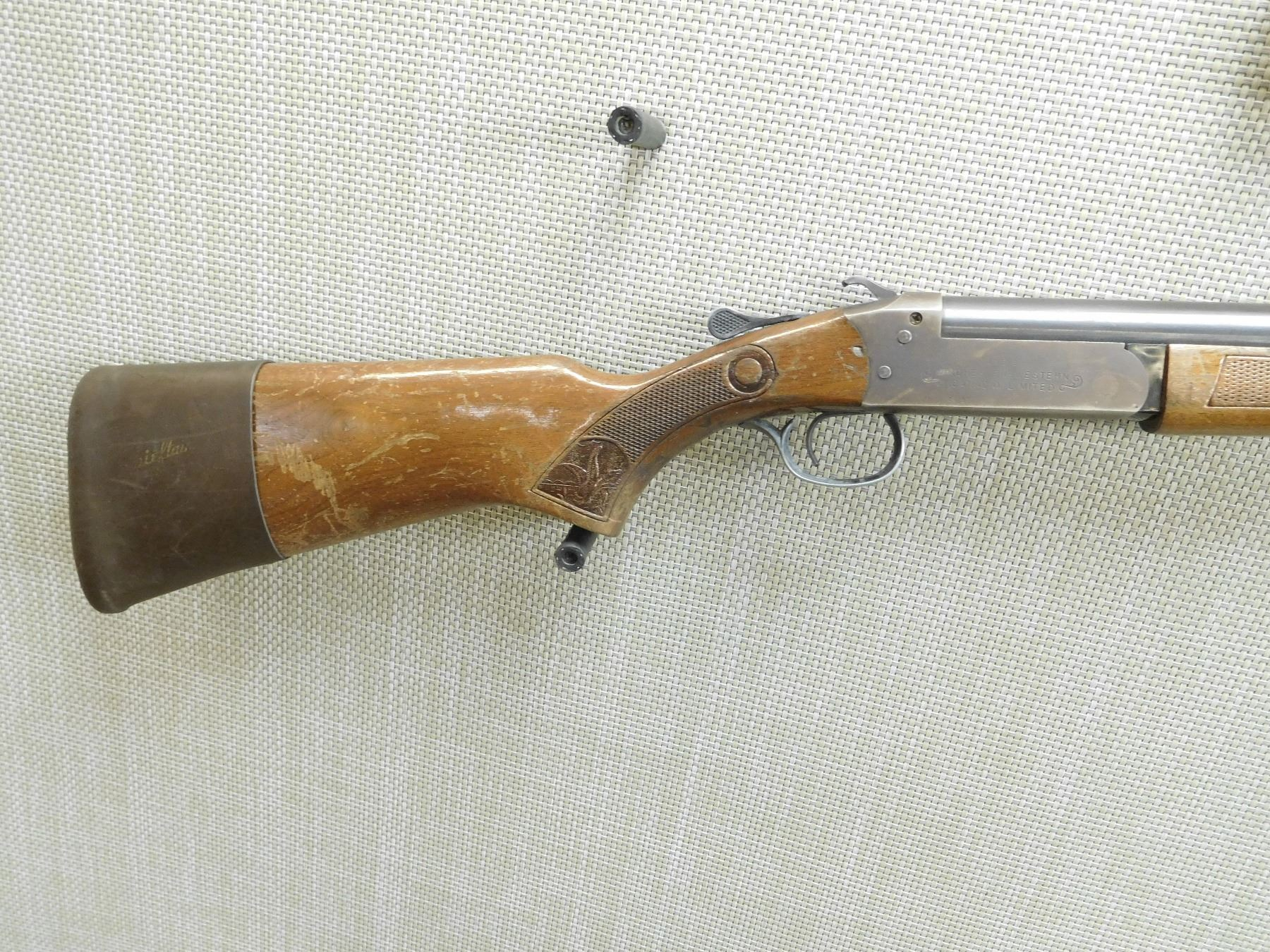 ... Image 3 : COOEY MADE BY WINCHESTER , MODEL: 840 , CALIBER: 12 GA ...