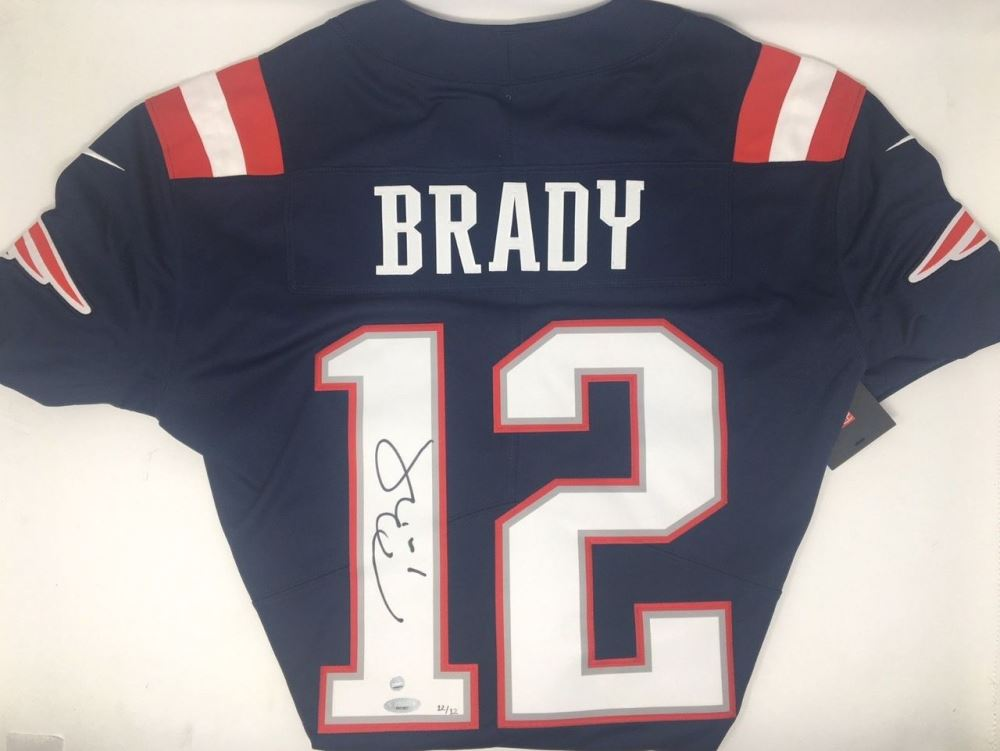 tom brady jersey auction