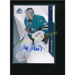 14-15 SP Game Used Autographs Blue Antti Niemi