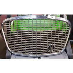 VINTAGE 1960'S CAR GRILL