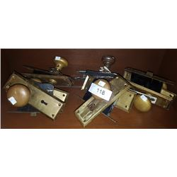 LOT OF 5 VINTAGE BRASS DOORKNOB SETS