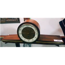 VINTAGE JANCH KEYWIND MANTLE CLOCK