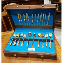 COMMUNITY GOLD PLATED 78 PC FLATWARE SET IN CANTEEN