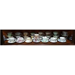 LOT OF 26 ENGLISH BONE CHINA TEACUPS/SAUCERS