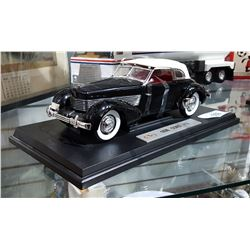 1936 FORD 810 DIE CAST CAR ON STAND