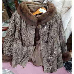 LADIES SHORT FUR JACKET
