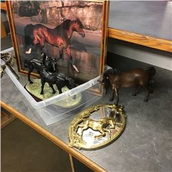 Horse Décor Group (Ornaments & Picture)