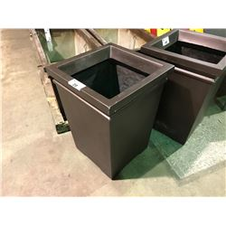 "GARDENSTONE MOCHA BROWN 31"" TALL FIBERGLASS PATIO PLANTER"