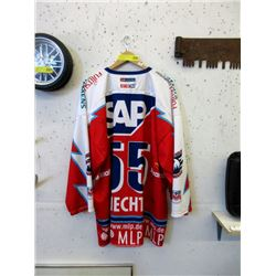 2004 German Hockey Team Signed Jersey