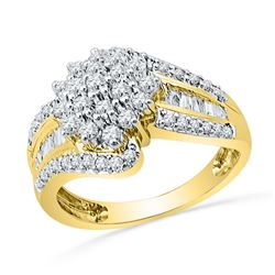 0.96 CTW Diamond Cluster Ring 10KT Yellow Gold - REF-82F4N