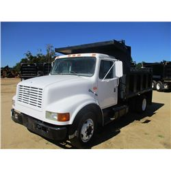 1999 INTERNATIONAL 4700 DUMP, VIN/SN:1HTSLAAM3XH664072 - S/A, INTL DIESEL ENGINE, A/T, 10' STEEL DUM