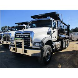 2018 MACK GU713 DUMP, VIN/SN:1M2AX07C2JM037623 - TRI-AXLE, 455 HP MACK MP8 ENGINE, MACK T310M 10 SPE