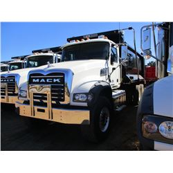 2017 MACK GU713 DUMP TRUCK, VIN/SN:1M2AX09C0HM033562 - T/A, 415 HP MACK MP8 ENGINE, ALLISON A/T, 44K
