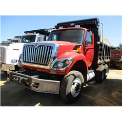 2012 INTERNATIONAL WORK STAR DUMP, VIN/SN:1HTWPAZR0CJ114739 - T/A, IHC DIESEL ENGINE, 8LL TRANS, 40K
