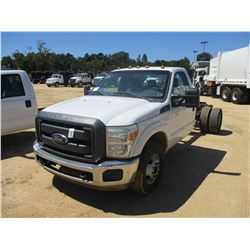2012 FORD F350 CAB & CHASSIS, VIN/SN:1FDRF3G66CEB69170 - GAS ENGINE, A/T, ODOMETER READING 202,251 M