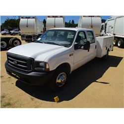 1999 FORD F350 SERVICE TRUCK, VIN/SN:1FTSW30L2XEA51757 - CREW CAB, GAS ENGINE, A/T, STAIL SERVICE BO
