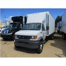 2003 FORD E550 BOX TRUCK, VIN/SN:1FDAE55F53HA80039 - S/A, 18' BOX BODY, ROLL UP DOOR, DOVETAIL, TAIL