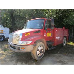 2007 INTERNATIONAL 4200 SERVICE TRUCK, VIN/SN:1HTMPAFM47H429802 - S/A, INT. VT365 DIESEL ENGINE, 6 S