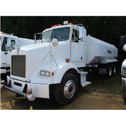 1993 KENWORTH T450B WATER TRUCK, VIN/SN:1NKBL59X8PJ594160 - T/A, 300HP L10 DIESEL ENGINE, 9 SPEED TR