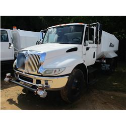 2006 INTERNATIONAL 4300 WATER TRUCK, VIN/SN:1HTMMAAN06H234142 - IHC DIESEL ENG, A/T, WATER TANK BODY
