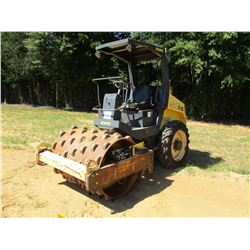 """2006 BOMAG BW124 PDH-3 ROLLER, VIN/SN:901581281115 - VIBRATORY, 48"""" PADFOOT DRUM, CANOPY, METER READ"""