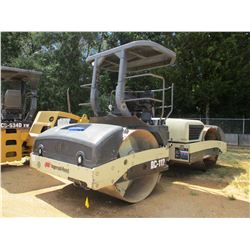"""INGERSOLL RAND DD112HF ROLLER, VIN/SN:18852 - TANDEM, VIBRATORY, 78"""" SMOOTH DRUMS, WATER SYSTEM, CAN"""