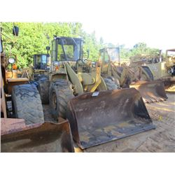 TCM 840 WHEEL LOADER, VIN/SN:64400135 - BUCKET, CAB, 20.5-26 TIRES, METER READING 2,435 HOURS